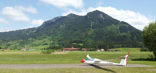 gliding-1422785_1280